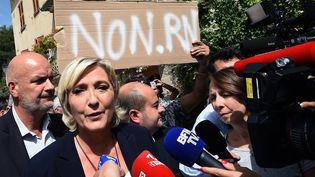 Marine Le Pen à Châteaudouble (Var), le 12 septembre 2018. (BORIS HORVAT / AFP)
