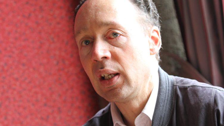 Francis Perrin, vice-président d'Amnesty International, ci-contre en 2012. (JEAN-FRANÇOIS FREY / MAXPPP)