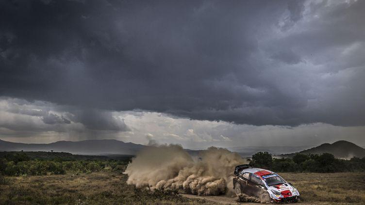 Sebastien Ogier, aux commandes de sa Toyota lors du Rallye du Kenya, le 27 juin 2021. (FRANCOIS FLAMAND / DPPI)