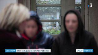 Deux policières témoignent sur France 3, le 30 octobre 2019, à propos de la radicalisation d'un de leurs collègues. (FRANCE 3)