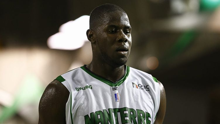 Le joueur de Nanterre Mamadou Jaiteh convoqué pour la première fois dans le groupe France (ANTHONY MASSARDI / MAXPPP)