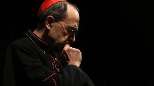 Le cardinal Barbarin en avril 2014, à l'église Saint-Joseph de Lyon. (SAFIN HAMED / AFP)