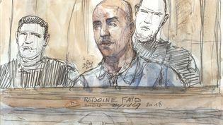 Un portrait dessiné de Redoine Faïd, durant son procès devant la cour d'assises de Paris, le 27 février 2018. (BENOIT PEYRUCQ / AFP)