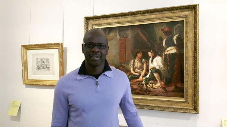 Lilian Thuram, co-commissaire d'une exposition au musée Delacroix, à Paris, consacrée à l'orientalisme et ses représentations, du 11 janvier au 2 avril 2018. (ANNE CHEPEAU / RADIO FRANCE)