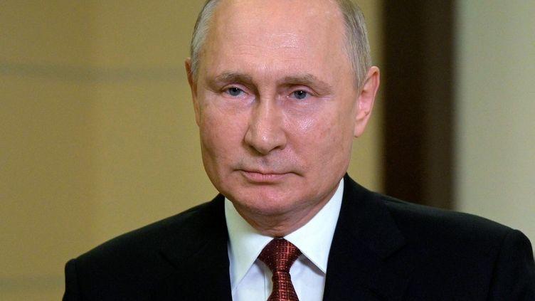 Le président russe Vladimir Poutine s'adresse à la nation avant les élections législatives russes,à Moscou, le 15 septembre 2021. (ALEXEI DRUZHININ / SPUTNIK / AFP)