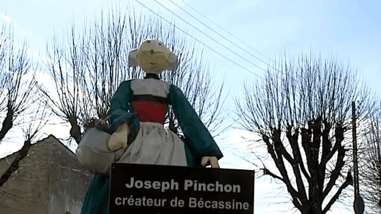 Bécassine à l'entrée de la ville de Noyon  (Capture d'image France3/Culturebox)
