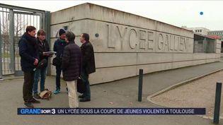 Le lycée Gallieni est perturbé par des violences. (FRANCE 3)