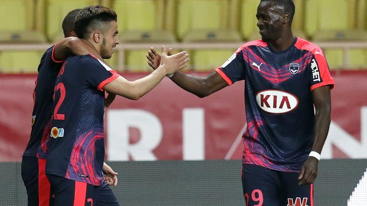 Adam Ounas (Bordeaux) célèbre son but contre Monaco.  (VALERY HACHE / AFP)