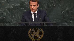 Le président Emmanuel Macron, le 19 septembre 2017 à New York (Etats-Unis), à la tribune de l'Assemblée générale de l'ONU. (TIMOTHY A. CLARY / AFP)