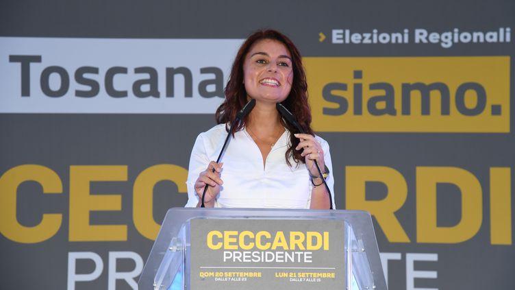 Susanna Ceccardi, maire de Cascina et candidate de la Ligue à la présidence de la Toscane, s'exprime lors meeting de la coalition de la droite italienne le 18 septembre 2020 à Florence. (CARLO BRESSAN / AFP)
