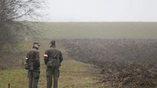 Des soldats autrichiens à la frontière avec la Slovénie, le 8 décembre 2015. (MAXPPP)