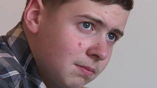 Autisme : Evan, 16 ans, en route vers l'autonomie (France 2)