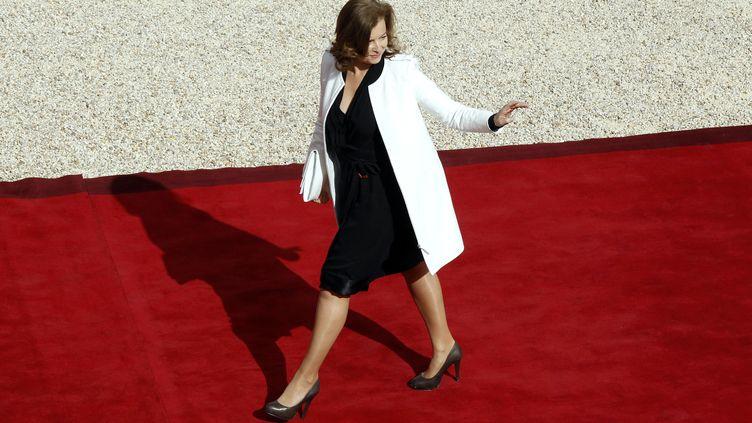 Valérie Trierweiler dans la cour de l'Elysée, à Paris, le 15 mai 2012. (AFP)