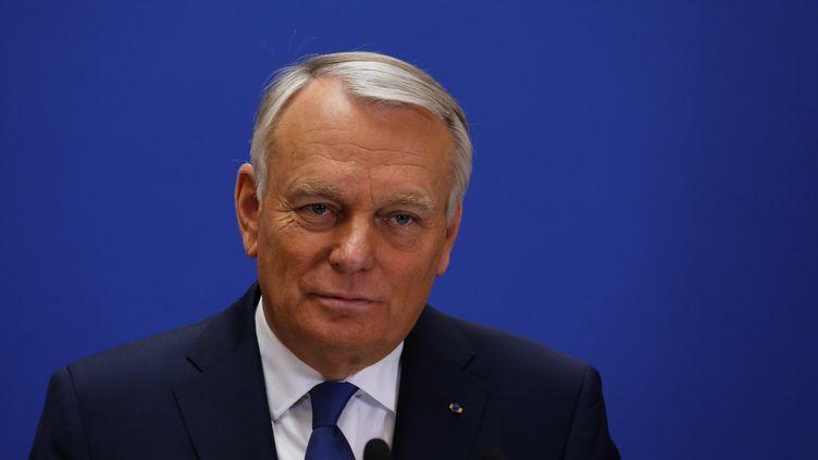 Le Premier ministre, Jean-Marc Ayrault, le 30 mars 2014, lors d'une allocution après le second tour des élections municipales. (FRANCOIS GUILLOT / AFP)
