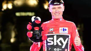Le cycliste britannique Christopher Froome lors de sa victoire sur le Tour d'Espagne, le 10 septembre 2017 à Madrid. (JOSE JORDAN / AFP)