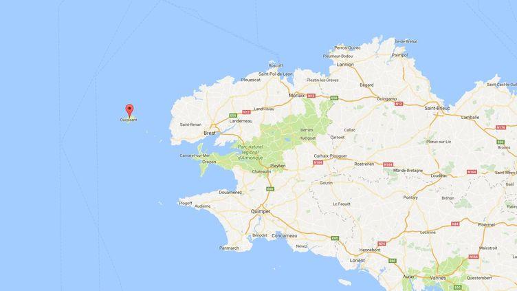 L'île d'Ouessant se trouve à une vingtaine de kilomètres des côtes bretonnes. (GOOGLE MAPS)