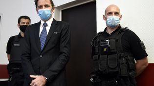 Rémy Daillet-Wiedemann est présenté devant un juge des libertés et de la détention dans une salle d'audience de la cité judiciaire de Nancy, le 16 juin 2021. (ALEXANDRE MARCHI / MAXPPP)
