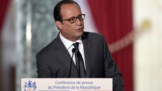 Le président de la République,François Hollande, le 7 septembre 2015 à l'Elysée. (ALAIN JOCARD / AFP)