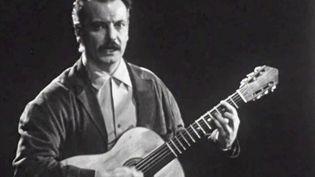 """Musique : """"Chanson pour l'Auvergnat"""", l'hymne de Georges Brassens (FRANCE 2)"""