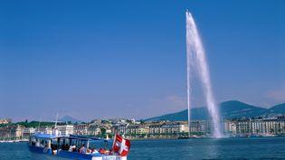 De nombreux Français travaillent en Suisse, notamment à Genève, près de la frontière. (EURASIA PRESS / PHOTONONSHOP / AFP)