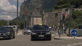 Sécurité routière : la mesure de limitation à 30km/h dans les agglomérations est-elle efficace ? (France 2)