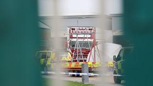Vue du lieu où 39 corps ont été découverts dans un camion, le 23 octobre 2019, à Thurrock (Royaume-Uni). (TAYFUN SALCI / ANADOLU AGENCY / AFP)