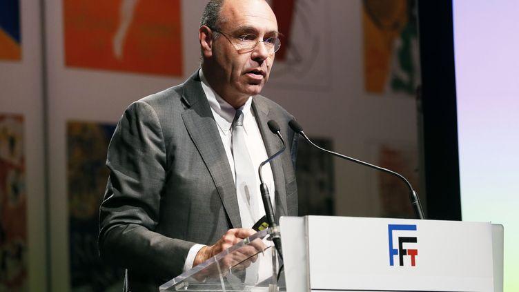 L'ancien directeur général de la FFT, Gilbert Ysern