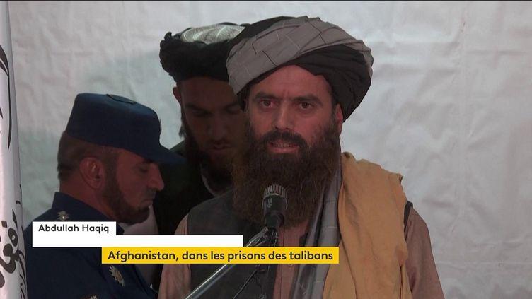 Le nouveau directeur des prisons de Kaboul présente les nouvelles modalités d'emprisonnement. (FRANCEINFO)