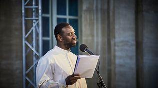 """Omar Sy lit """"Frère d'âme"""" au Festival d'Avignon (CHRISTOPHE RAYNAUD DE LAGE)"""