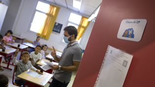 Dans une école primaire de Montpellier, le 1er septembre 2020 (photo d'illustration). (GUILLAUME BONNEFONT / MAXPPP)