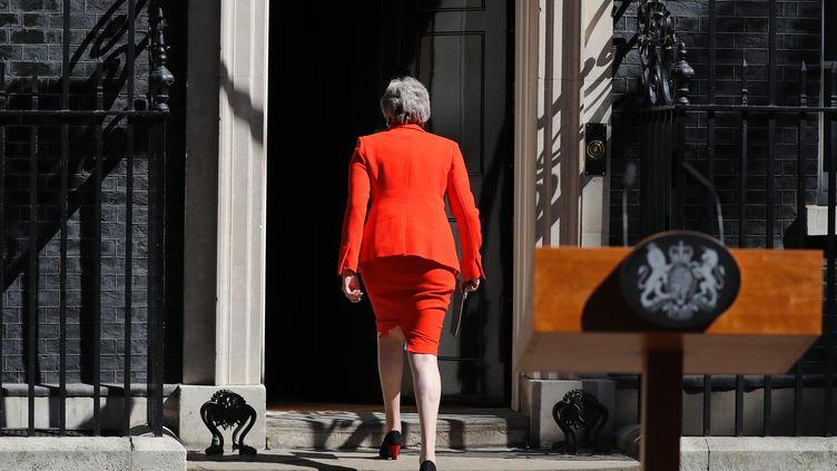 La Première ministre Theresa May après l'annonce de sa démission, vendredi 24 mai 2019 au 10, Downing Street de Londres (Royaume-Uni). (TOLGA AKMEN / AFP)