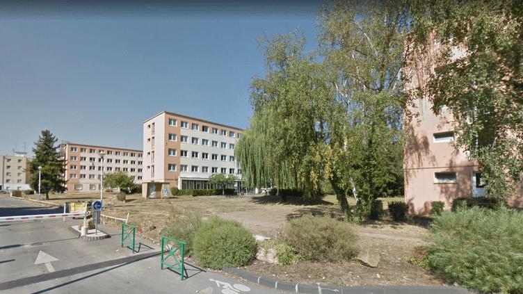 Des bâtiments de la cité universitaire du sitesite du Saulcy, à MetzenMoselle. (GOOGLE STREET VIEW / FRANCEINFO / RADIO FRANCE)
