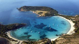 La baie de Rondianara, à Bonifacio, en Corse-du-Sud. (Photo d'illustration) (MAXPPP)