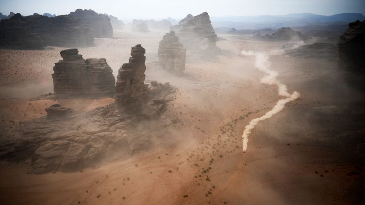 Le Dakar en Arabie saoudite, le 13 janvier 2021 entre Neom et Alula. (FRANCK FIFE / AFP)