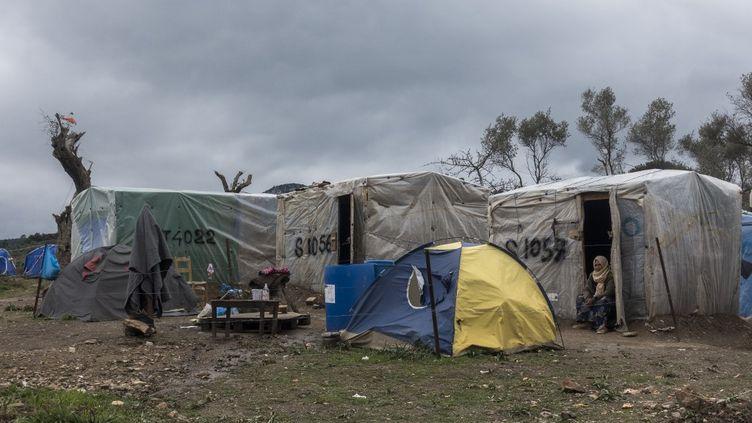 Le camps de migrants Moria à Lesbos, en Grèce, le 5 mars 2020. (AYHAN MEHMET / ANADOLU AGENCY / AFP)