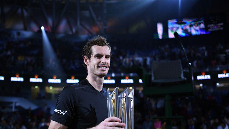 Andy Murray avec son 3e trophée du Masters de shanghaï