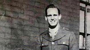 C'est une histoire qui remonte à l'été 1944. Une famille américaine a pu enfin rendre hommage à son aïeul, le soldat Robert Whalen, tué le 29 août. Après des années de recherches, c'est dans le roman d'un historien local que cette famille a découvert où il était mort. (CAPTURE ECRAN FRANCE 3)