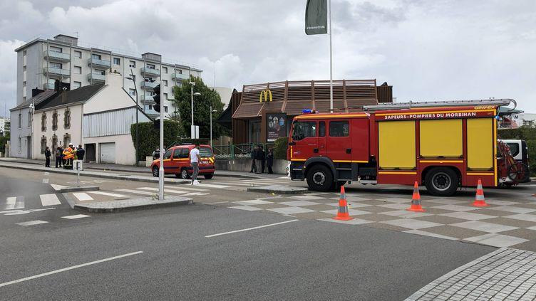 L'automobiliste activement recherché a fauché deux enfants à la sortie d'un rond-point à Lorient. (CATHERINE JAOUEN / MAXPPP)