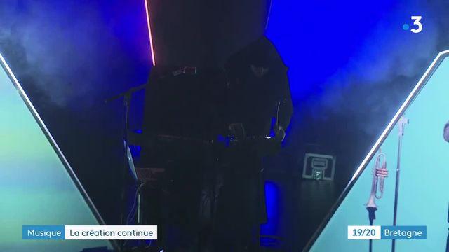 """En Bretagne, le DJ """"Great Man Hiboo"""" utilise la visio de manière innovante pour son nouveau projet scénique"""
