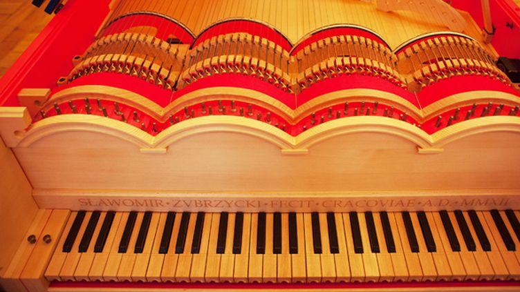 Le clavier de la Viola Organista inventée par Leonard de Vinci.  (Tomasz Wiech / AFP )