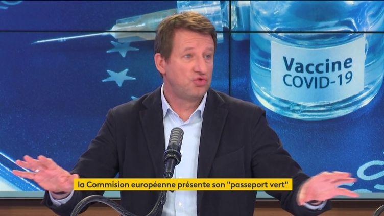 Yannick Jadot, eurodéputé EELV, sur franceinfo le 17 mars 2021. (FRANCEINFO / RADIOFRANCE)