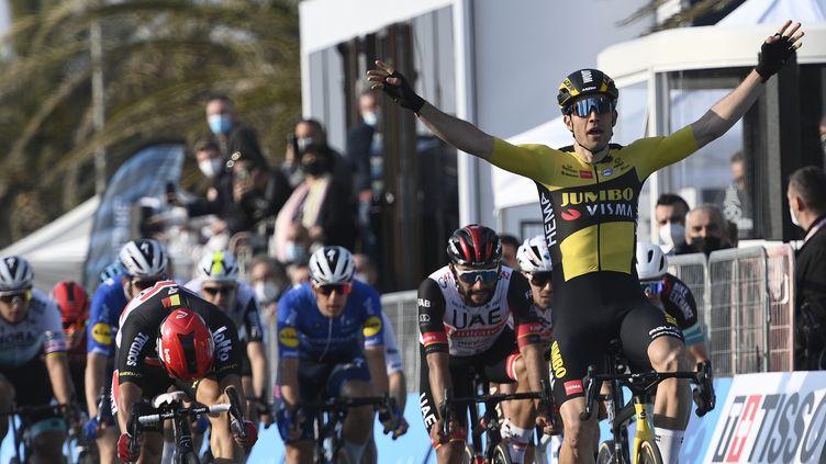 Le Belge Wout van Aert vainqueur de la 1re étape du Tirreno-Adriatico (MARCO ALPOZZI / LAPRESSE)