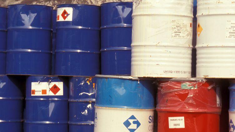 Des futs de produits toxiques ont été découverts au domicile du gérant de cette société de la Somme. (MAXPPP)