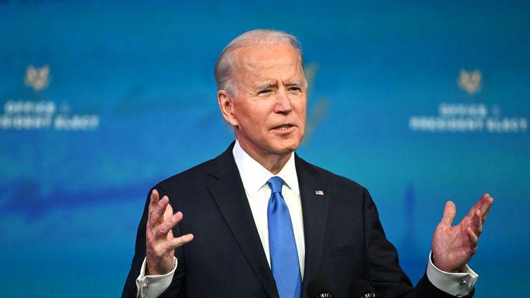 Joe Biden, devant le collège électoral à Washington, le 14 décembre 2020. (ROBERTO SCHMIDT / AFP)