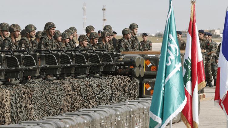 Des soldats de l'armée libanaise lors de la céremonie de livraison d'armes françaises. (Reuters / Mohamed Azakir)