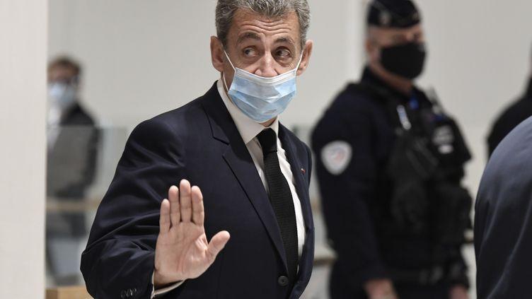 Nicolas Sarkozy à son arrivé au palais de justice de Paris le26 novembre 2020. (BERTRAND GUAY / AFP)