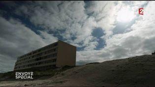 Le Signal à Soulac, symbole de l'érosion de la côte aquitaine (FRANCE 2 / FRANCETV INFO)