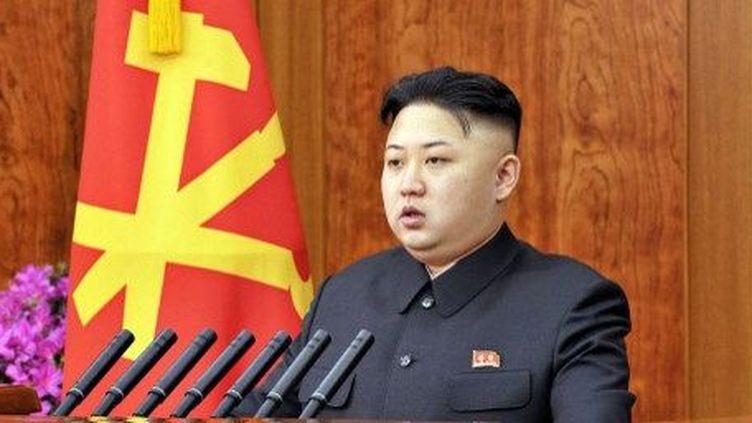 Image officielle de Kim Jong-Un, le 1er janvier 2013. Lejeune leader nord-coréena désormais à son actif un essai nucléaire et deux lancements de fusées longue portée. ( AFP PHOTO / KCNA via KNS)