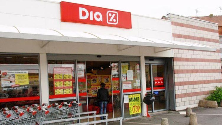 (Carrefour va racheter plus de 800 magasins Dia © Maxppp)