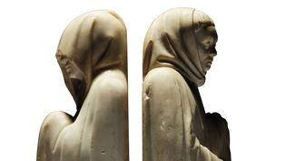 Deux pleurants en marbre du tombeau du duc de Berry, sculptés par Jean de Cambrai vers 1396-1416  (Christie's Images)